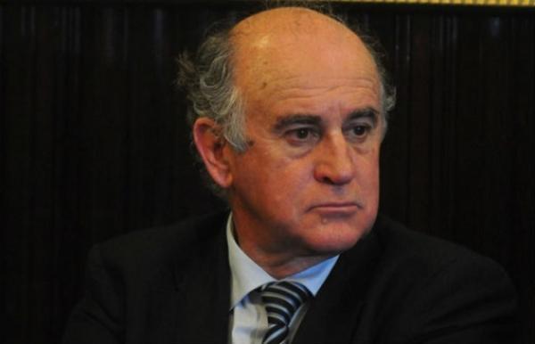... lugar el fiscal Jorge Di <b>Lello, para</b> que Mauricio Macri sea considerado ... - 15153_original